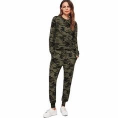 Camo Set Sweatsuit #edgyfashion #edgy #tomboy #streetstyle #camosweater #camo #fashion #loungewear