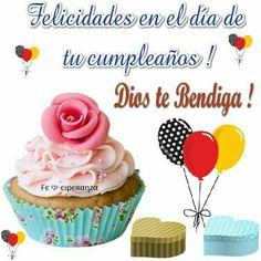 Feliz cumpme Happy Birthday Pictures, Happy Birthday Wishes, Birthday Greeting Cards, Birthday Greetings, Birthday Board, Birthday Cake, Beautiful Flowers Pictures, Lilac Wedding, Happy B Day