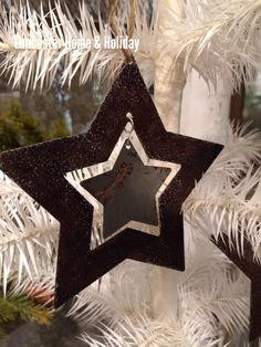 Double stars ornament
