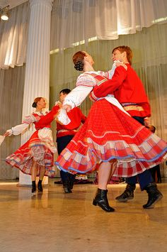 Russian folklore dancers, St. Petersburg, Russia