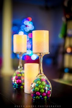DIY Christmas Wine Glass Decor