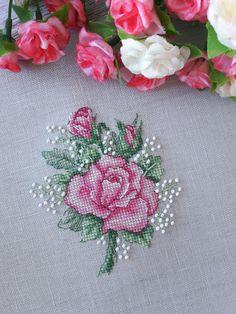 Cross Stitch Cards, Simple Cross Stitch, Cross Stitch Rose, Cross Stitch Flowers, Modern Cross Stitch, Cross Stitch Designs, Cross Stitch Patterns, Cross Stitching, Embroidery Flowers Pattern