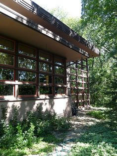 1000 images about flw u james mcbean on pinterest for Frank lloyd wright modular homes
