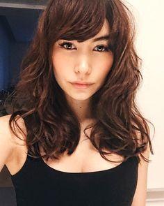 "1,793 Likes, 35 Comments - Shaula Vogue (@shaula_vogue) on Instagram: ""Kinda been missing my bangs... 前髪。。。カムバックしようかな。。。。 #tokyo #japan #makeup #hair #bangs #fashion #前髪"""