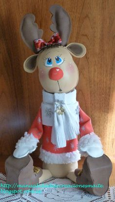 fofucha angelito - Buscar con Google Best Christmas Gifts, Christmas 2016, Christmas And New Year, Holiday Crafts, Merry Christmas, Holiday Decor, Rena, Reindeer Craft, Miniature Crafts