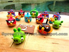 Let's Get Sugar High!: Angry birds space cake