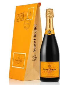 Veuve Clicquot : Clicquot Mail et Ice Letter. Veuve Clicquot, Bottle Packaging, San Pellegrino, Beverages, Drinks, Wine And Spirits, Juice, Yellow, Orange