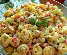 Sałatka z kurczakiem i tortellini Tortellini, Tzatziki, Pasta Salad, Salads, Lunch, Ethnic Recipes, Food, Crab Pasta Salad, Eat Lunch