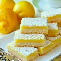 Super Easy Lemon Bars – made with only 5 simple ingredients! Using only 5 simple ingredients & a very quick preparation time, this is the easiest & best lemon bars recipe I've ever tried in almost 40 years of baking. Easy Desserts, Delicious Desserts, Yummy Food, Tasty, Best Easy Dessert Recipes, Finger Food Desserts, Oreo Desserts, Best Lemon Bars, Vegan Lemon Bars