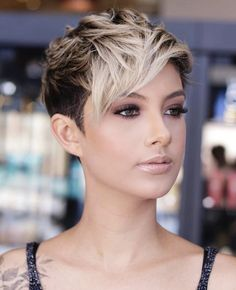 Latest Short Haircuts, Short Pixie Haircuts, Pixie Hairstyles, Short Hairstyles For Women, Cute Hairstyles, Woman Hairstyles, Bob Haircuts, Haircuts For Oval Faces, Haircut Short