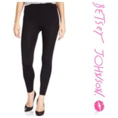"Betsey Johnson Fleece-Lined Black Leggings Comfortable and versatile! These leggings are incredibly soft and will be your go-to all year long. They are a size small/medium. They fit from 5'2""-5'6"" and 115- 140 lbs. They are made of 97% polyester and 3% spandex. Betsey Johnson Pants Leggings"