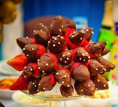 Cooking With Kids – How to Make a Chocolate Dipped Fruit Arrangement on a Budget