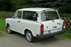 In China, East German Car, Automobile, Bus, Small Cars, Car Manufacturers, Old Cars, Volvo, Cars And Motorcycles