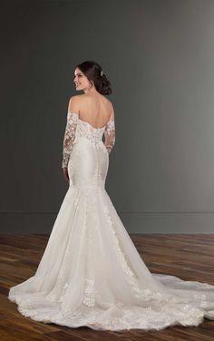 1040 Mermaid Wedding Dress with Detachable Sleeves by Martina Liana Wedding Dress Styles, Dream Wedding Dresses, Designer Wedding Dresses, Wedding Gowns, Wedding Bells, Lace Wedding, Wedding Dressses, Wedding Ring, Vows Bridal