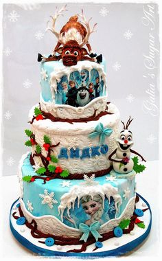 """I'm """"Frozen"""" in awe…(I know, I know) This cake was made by Galia Hristova, click on the picture to get to her blog! The next beautiful cake was made by jennythx on CakeCentr…"""