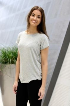 Mbym - Nisha Basic Top Light Grey Basic Tops, V Neck, T Shirts For Women, Fashion, Moda, La Mode, Fasion, Fashion Models, Trendy Fashion