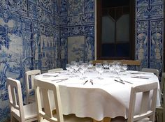 Make the Most of a Small Restaurant Dining Room