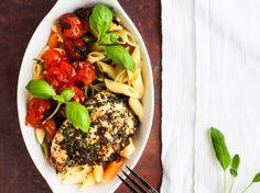 Tomaattinen gremolatabroileri: kevyt, kaunis ja maukas annos. Maistuu hyvältä kylmänäkin.