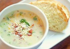 Broccoli Potato Cheddar Soup 23 Make-Ahead Meals To Freeze Before You Have That Baby Potato Cheddar Soup, Broccoli Potato Soup, Cream Of Broccoli Soup, Broccoli Cheddar, Broccoli And Cheese, Cream Soup, Healthy Freezer Meals, Make Ahead Meals, Gastronomia