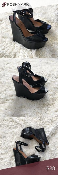 NASTY GAL Shoe Cult Wedges size 8 NASTY GAL Shoe Cult Wedges size 8 so comfortable. Shoes some signs of wear which I posted in pictures. You can't see the wear when you are wearing them because it's on the inner side of the heel by the toe area. Nasty Gal Shoes Wedges