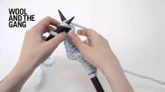 Do you want to learn how to knit stitch? The knit stitch is the most basic component of knitting. Each knit stitch looks like a little 'V'. Master the knit. Knitting Kits, Knitting Wool, Arm Knitting, Knitting Stitches, Knitting Patterns, Knitting Ideas, Knitting Tutorials, Knitting Projects, Stitch Patterns