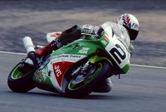 on the limit …Alex Vieira, IGOL Kawasaki France ZXR-750R, 1992 CdF Superbike