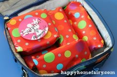 WHAT A GREAT BIRTHDAY LUNCH! Imagine your child's surprise when they open up their lunch box and all of their food is wrapped!  http://happyhomefairy.com/2012/09/12/making-lunch-boxes-fun-gift-wrap/