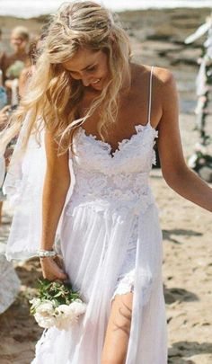 Beach Wedding Dresses Spaghetti Straps Appliques Low Back Lace ...