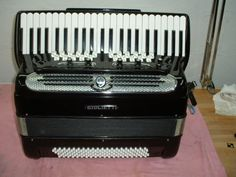 Giulietti Super Piano accordion with fixed Free Bass on 6 rows, Castelfidardo, Italy (1970s)