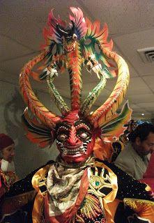 Calle Suicida: Bolivia Invitado de Honor en FILSA - Informacion sobre Las diabladas Carnaval en Oruro
