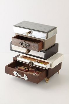 Topsy-Turvy Jewelry Box #anthrofave