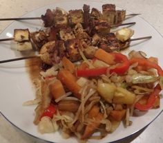 HALOUMI AND MUSHROOM SKEWERS WITH A PINEAPPLE AND CABBAGE STIR FRY http://recipeyum.com.au/haloumi-mushrooms-skewers-with-cabbage-pineapple-stir-fry http://recipeyum.com.au/haloumi-mushrooms-skewers-with-cabbage-pineapple-stir-fry/