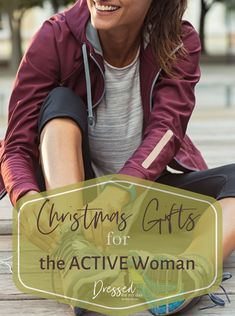 Christmas Gifts for the ACTIVE Woman - gift guide for outdoor enthusiasts Latest Winter Fashion, Over 50 Womens Fashion, Vacation Fashion, Vacation Style, Christmas Gift Guide, Christmas Gifts For Women, Winter Outfits Women, Winter Fashion Outfits, Shopping Tips