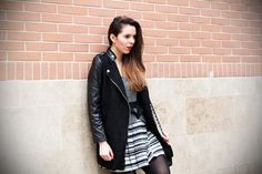 streetstyle blogger look for milano fashion week wearing styligion dress    #fashionblogger #styligion #dress #black #chanel #bw #white #fashion #streetstyle #irenecolzi    www.ireneccloset.com