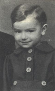 Henri Fragman sadly murdered in the gas chamber in Auschwitz on August 21, 1942 at age 5. Cutest smile on a Jewish boy. <3 <3 <3
