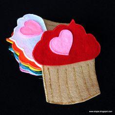 Valentine cupcakes felt flannel story