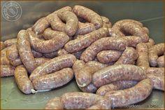 Kiełbasa biała surowa How To Make Sausage, Sausage Making, White Sausage, Kielbasa, Smoking Meat, Sausage Recipes, Cooking, Sausages, Burgers
