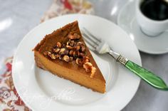 Vegan pumpkin pie with coconut-pecan crust