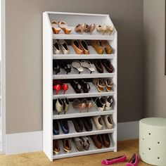 Shoe Cubby, Closet Shoe Storage, Small Apartment Interior, Apartment Chic, Modular Furniture, Diy Furniture, Small Bedroom Inspiration, Pallet Kitchen Island, Wood Shoe Rack