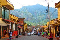 Tepoztlán, Morelos es ideal para encontrarse con el pasado prehispánico y colonial mientras te recargas de energía y disfrutas una deliciosa nieve.