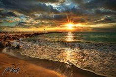 majestic-sunrise-jupiter-inlet-florida-beach