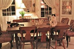 Old-Fashioned, Floral Dining Room--Susan Branch Fabulous!:)