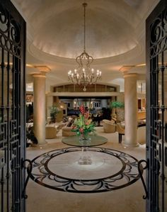 Stunning entrance to foyer