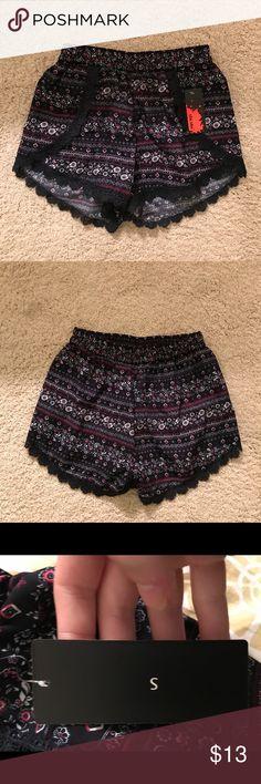 Forever21 Shosho shorts  Super cute flower shorts. Navy blue Forever 21 Shorts