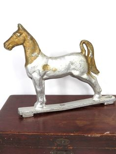 Vintage Cast Aluminum Horse Fence Gate Mailbox Topper Antique Gold & Silver