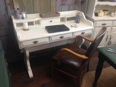 Large Vintage Desk Bennington Pine 1970s by VintageHipDecor, $199.00. Love this desk!!