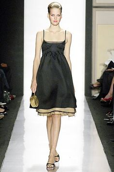 Ralph Rucci Spring 2007 Ready-to-Wear Fashion Show - Michaela Hlavackova