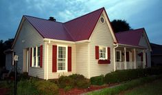 Best Exterior Paint Colora For House With Brick Ranch Shutters Ideas House Exterior Color Schemes, White Exterior Houses, Exterior Paint Colors For House, Paint Colors For Home, Exterior Design, Exterior Colors, Residential Metal Roofing, Red Roof House, Facade House