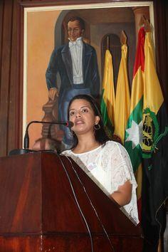 """Factor 3: Profesores. Directora de Programa Bertha Arnedo en Lanzamiento de la """"Primera semana de la Comunicación"""" – 2012. Aula Máxima de Derecho. #Unicartagena #ComunicaciónSocial"""