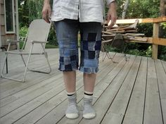 jean mending.  #mend, #jeans, #restyle, #recycle, #refashion, #denim, #craft, #tutorial, #whipup